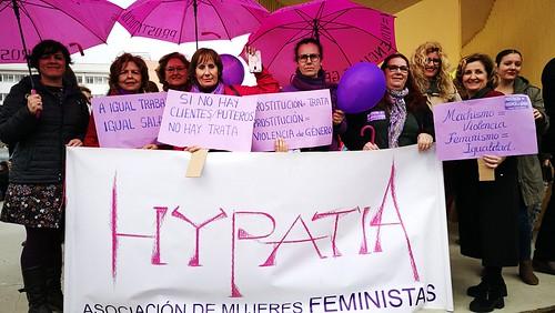Concentración Paro Feminista Internacional en la Plaza del Arenal