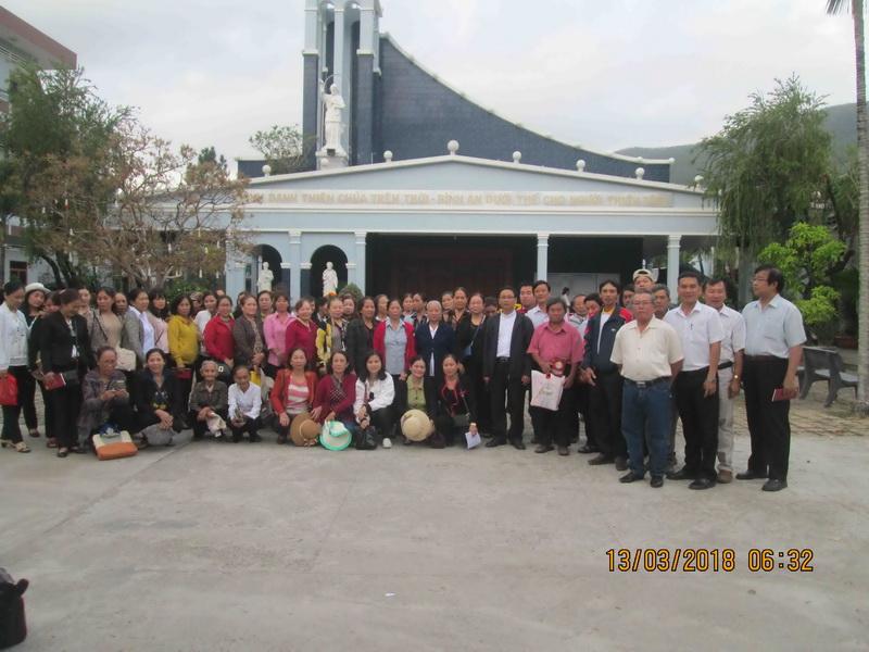 Giáo xứ Ghềnh Ráng hành hương năm thánh