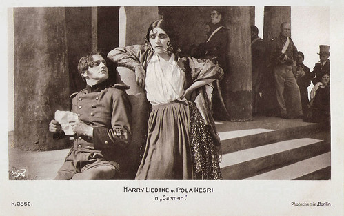 Pola Negri and Harry Liedtke in Carmen (1918)