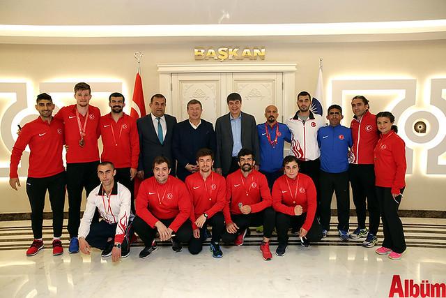 İşitme Engelli Atletler Başkan Türel'i ziyaret etti -2