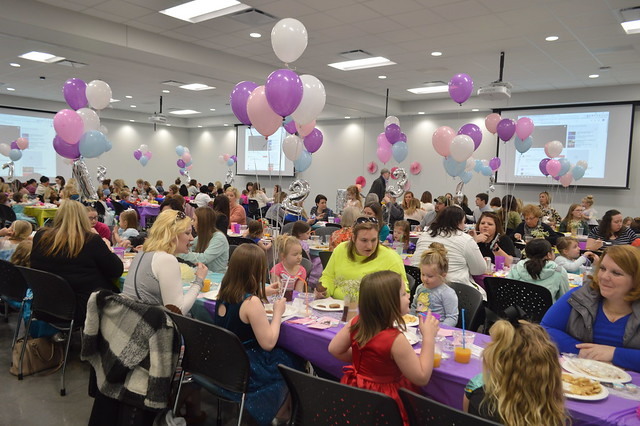 MNHHS Key Club 5th annual Relay for Life Character Breakfast