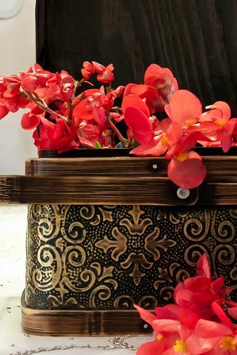 Reddish Begonias In Brown Textured Box