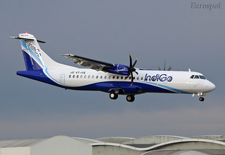 VT-IYE ATR72 Indigo landing with engine #2 down