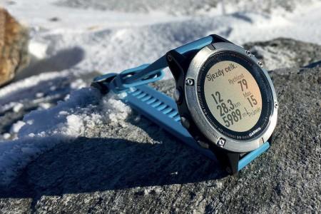 GPS hodinky pro skialp, sjezdové nebo běžecké lyžování