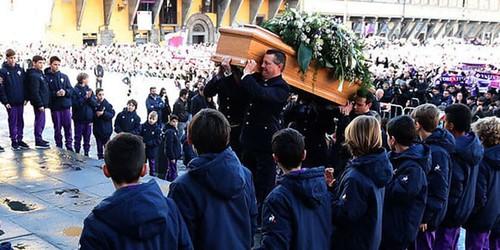 Pemakaman Davide Astori Dihadiri Oleh Ribuan Penggemar Dan Bintang Sepakbola