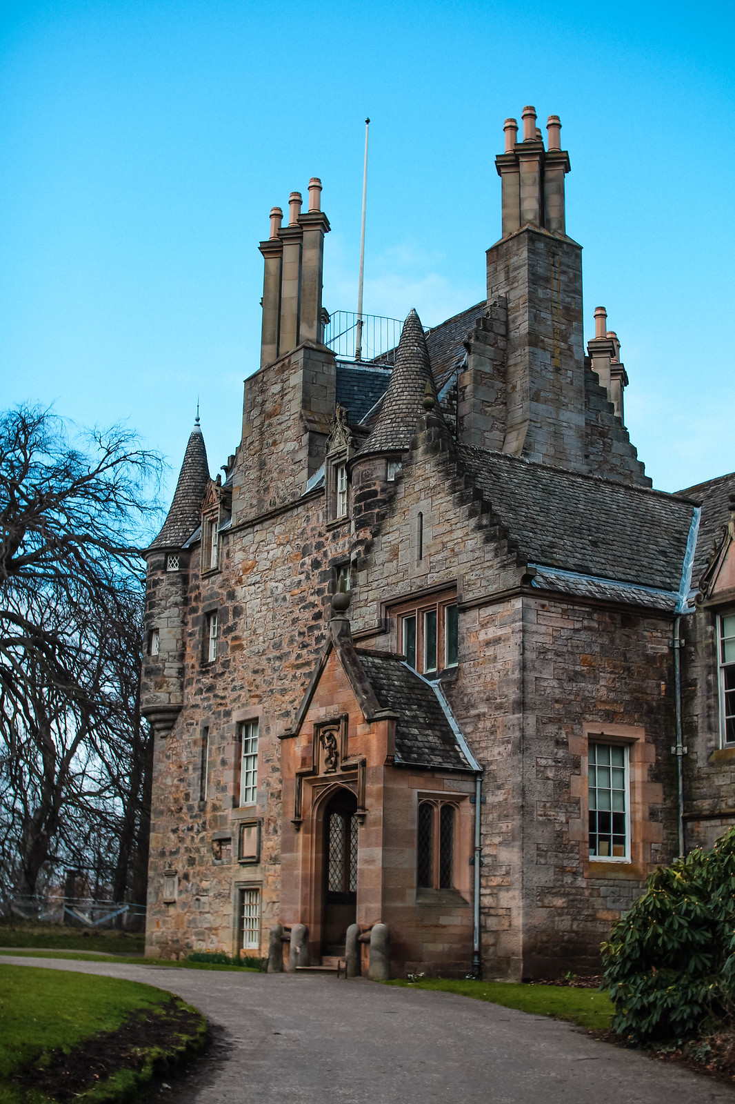Scottish Lauriston Castle Edinburgh travel lifestyle blogger The Little Things 8