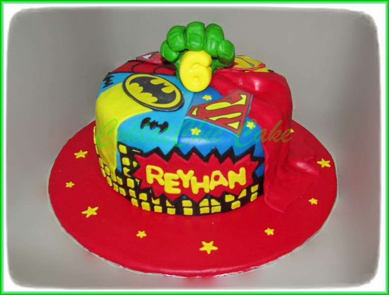 Cake Superhero REYHAN 20 cm