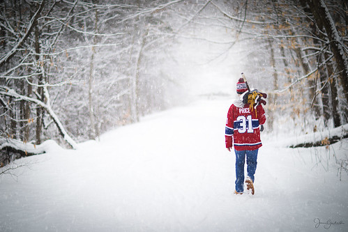 """pondhockey"" snowy ""snowstorm"" storm hockey nh snow montrealcanadians portrait canon5dmarkiv 85mm snowday heavysnow careyprice winter march newengland newhampshire kid youth fan montrealcanadiens teenager"
