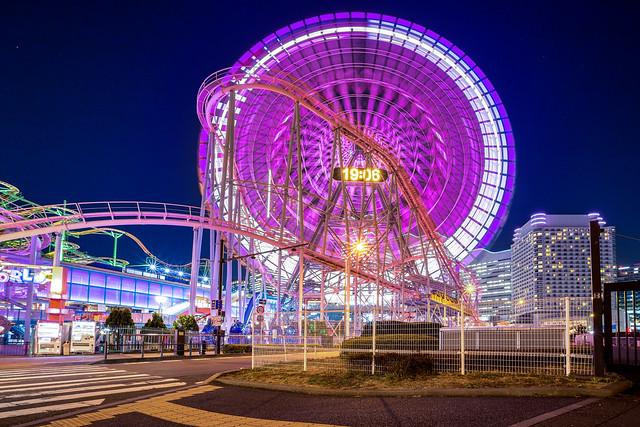 Yokohama Ferris wheel blue night