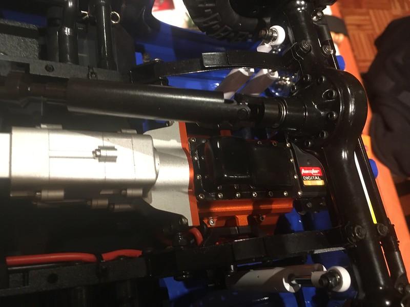 RC4WD trailfinder2 Blazer V8 40044072605_ae6dafaa6f_c