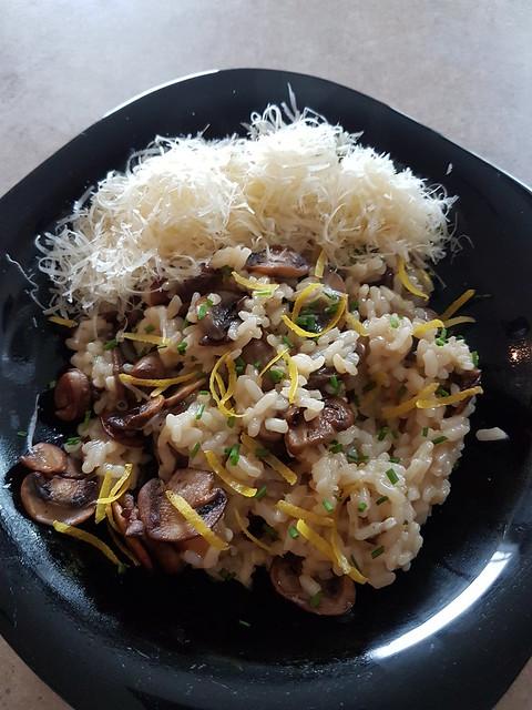 Lemony mushroom risotto