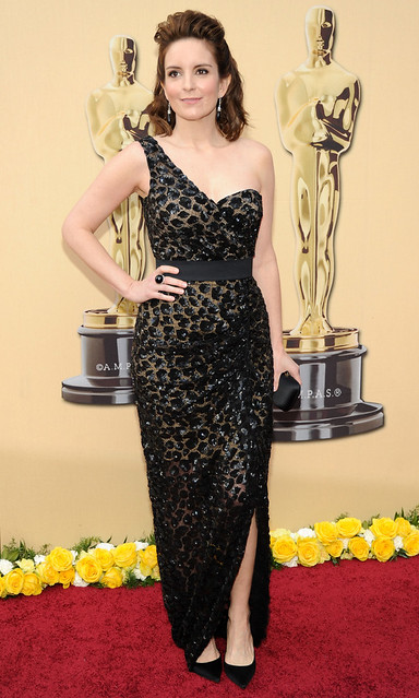 Actress Tina Fey arrives at the 82nd Annual Academy Awards at th