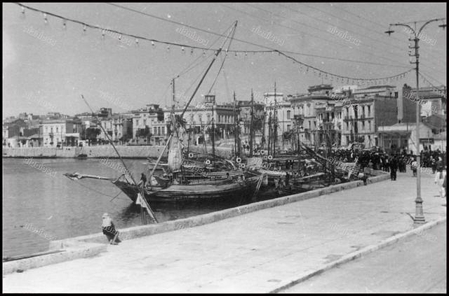 Πειραιάς, Γερμανική Κατοχή, 1941-1944. Λιμάνι Ζέας (Πασαλιμάνι).