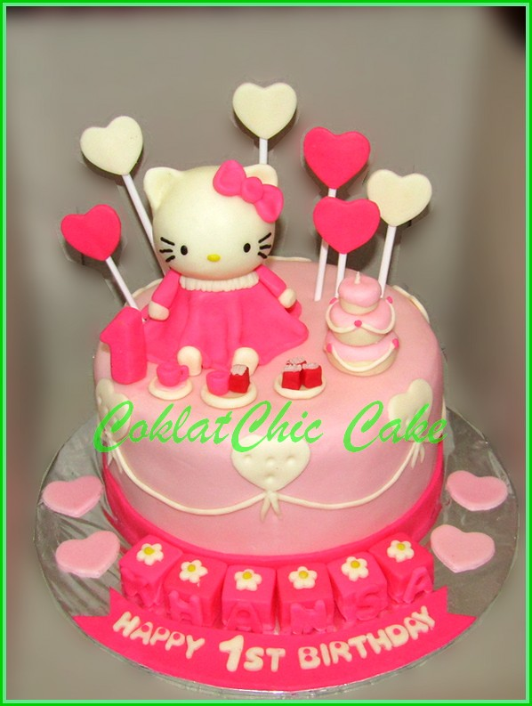 Cake Hello Kitty KHANSA 15 cm