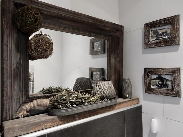 Houten spiegel toilet