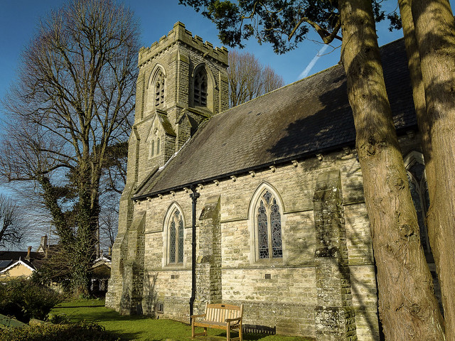 St David's Church, Miskin, Panasonic DMC-GF5, Lumix G 14mm F2.5 Asph.