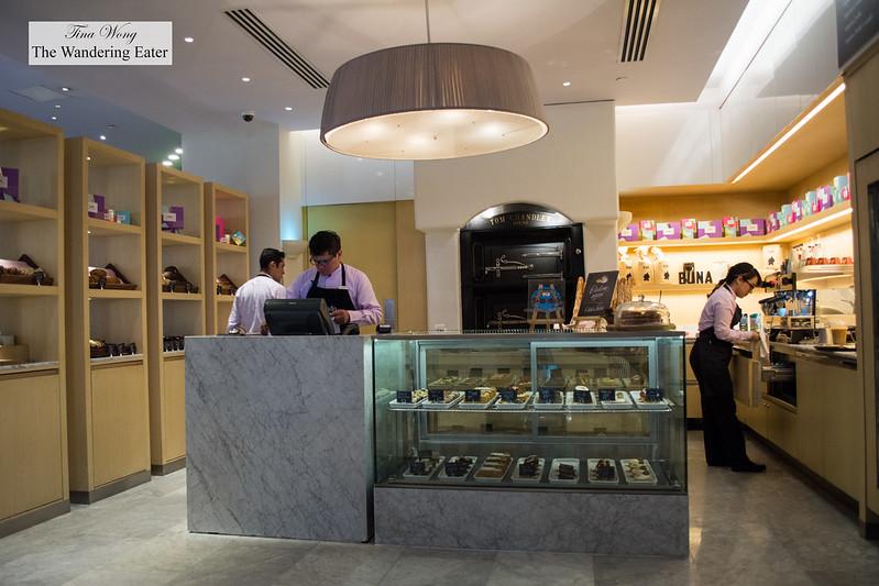 Amando Bakery