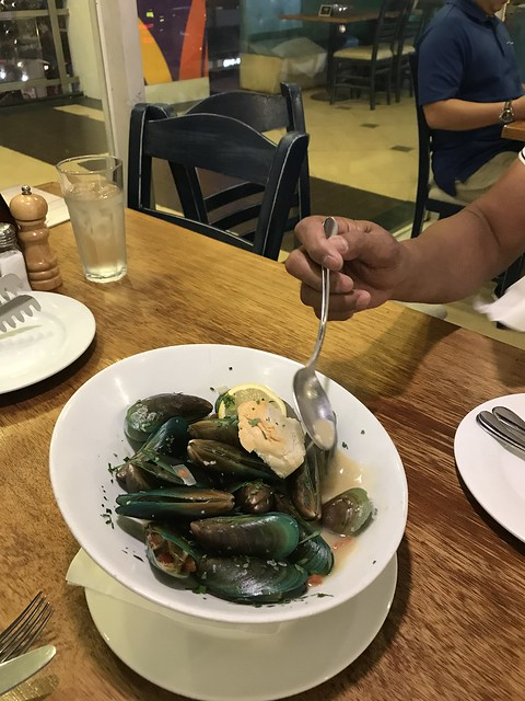 Cyma steamed mussels