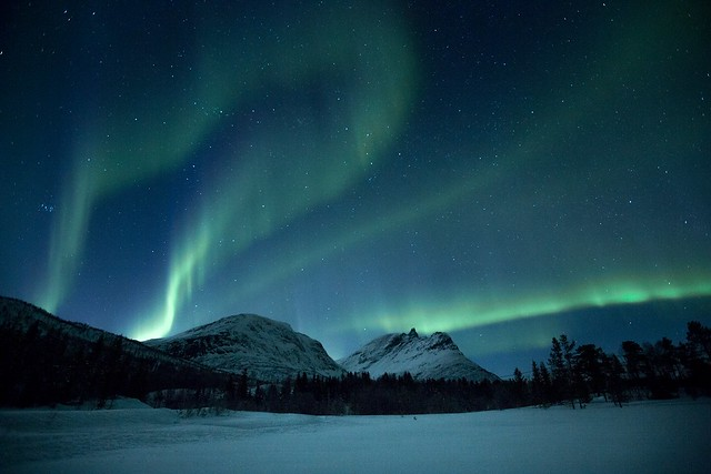 The aurora season is going towards the end, but still some weeks left. Happy hunting the light!