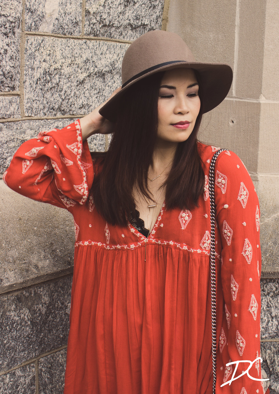free-people-red-boho-top-floppy-hat-3