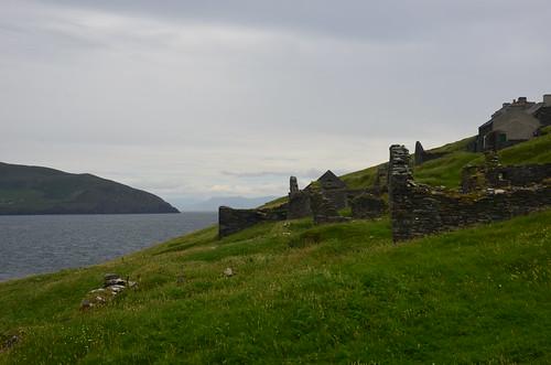 Der Aufstieg zum Dorf auf Blasket Island