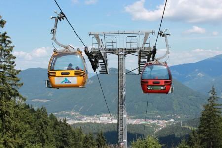 Padesát let první oběžné kabinkové lanovky v Československu