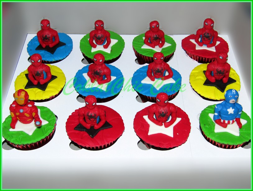 IMG_1322 cupcake superhero