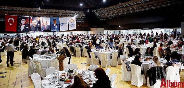 Antalya Büyükşehir Belediyesi 8 Mart Dünya Kadın Emekçiler günü yemek -5