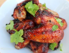 BLACK PEPPER & SOY CHICKEN WINGS