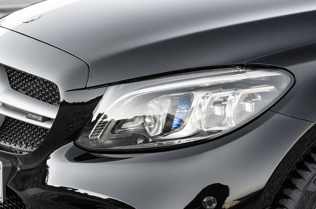 Mercedes-C-Class-Coupe-Cabrio-27