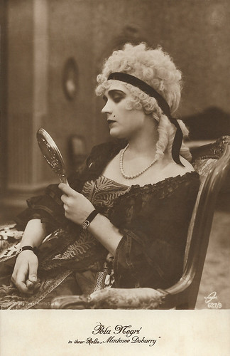 Pola Negri in Madame Dubarry (1919)