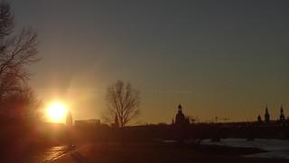 Himmel, Erde und Sonne weit und breit bis Sonnenuntergang 00562