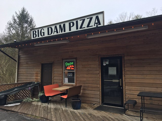 Big Dam Pizza