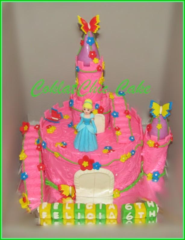 Cake Princes Cinderela Castle 15 cm