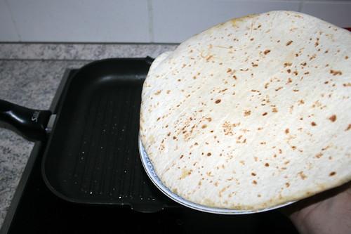 70 - Tortilla wenden / Turn tortilla
