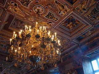 Люстры в замке Фредериксборг