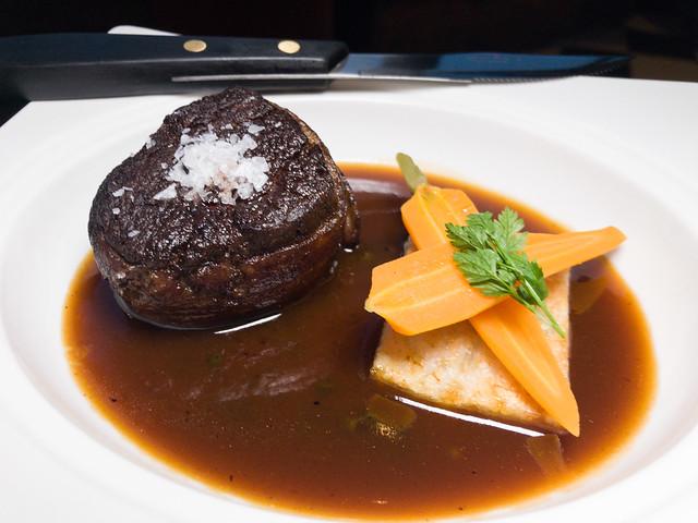 Prime beef tenderloin with potato crisp