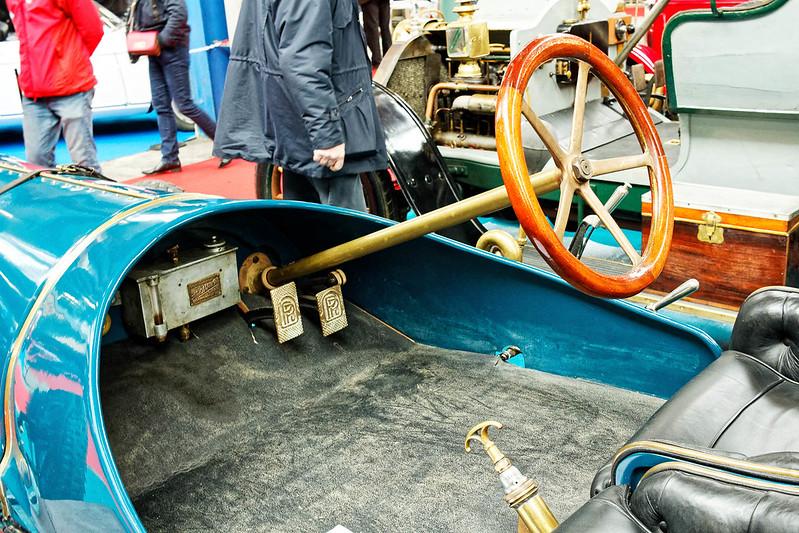 Les Renault du 31 ème Salon du Véhicule Champenois à Reims !  40294172444_292252ec1a_c