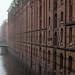 Hamburg im Nebel by michael_hamburg69