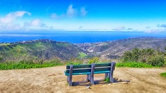 Bench with a view, Top of the World Laguna Beach 2018-03-23 001jcvghtyhkjyht