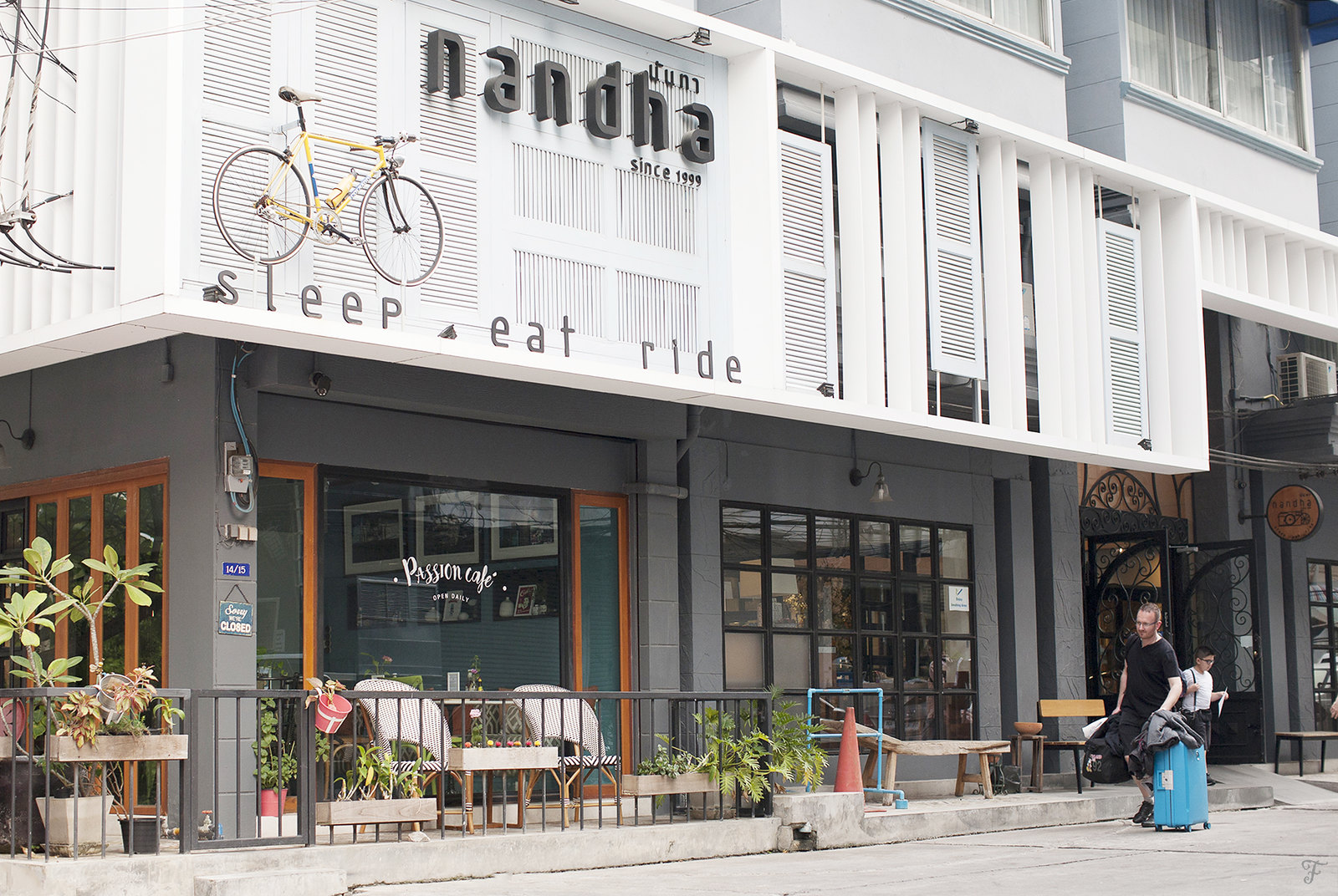 bangkok thailand fensismensi blog nandha hotel 4th floor drip bar coffee street