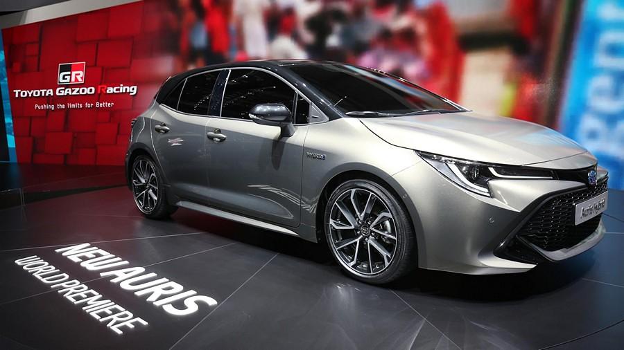 Toyota Auris premiera 5