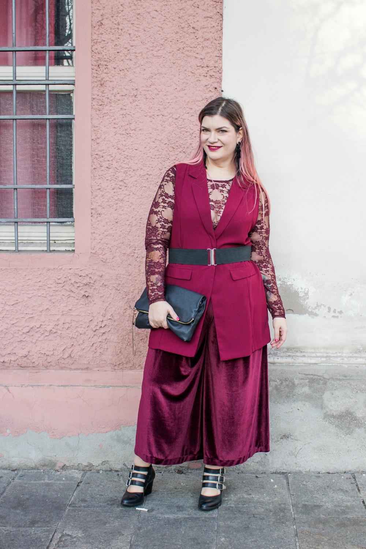 outfit monocolore, monocromatico plus size panta palazzo come le ciliegie (4)