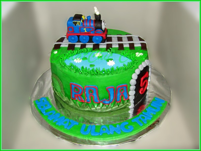 Cake thomas the train RAJA 15 cm