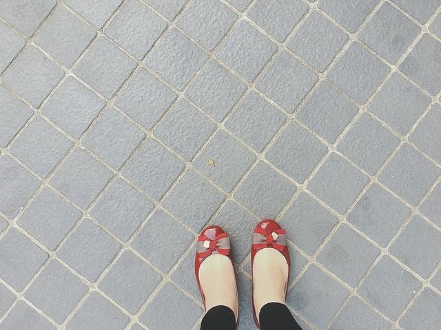 長這麼大終於知道漆皮的鞋楦不動XD