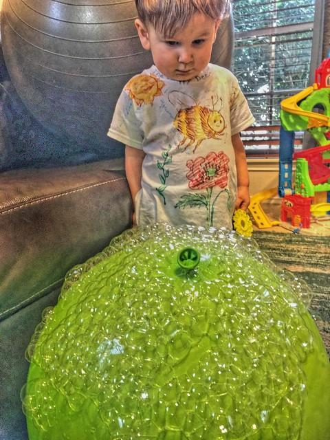 HDR grandson: bubble ball