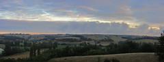20120919 22 044 Jakobus Morgenrot Hügel Feld Bäume Wolken_P01