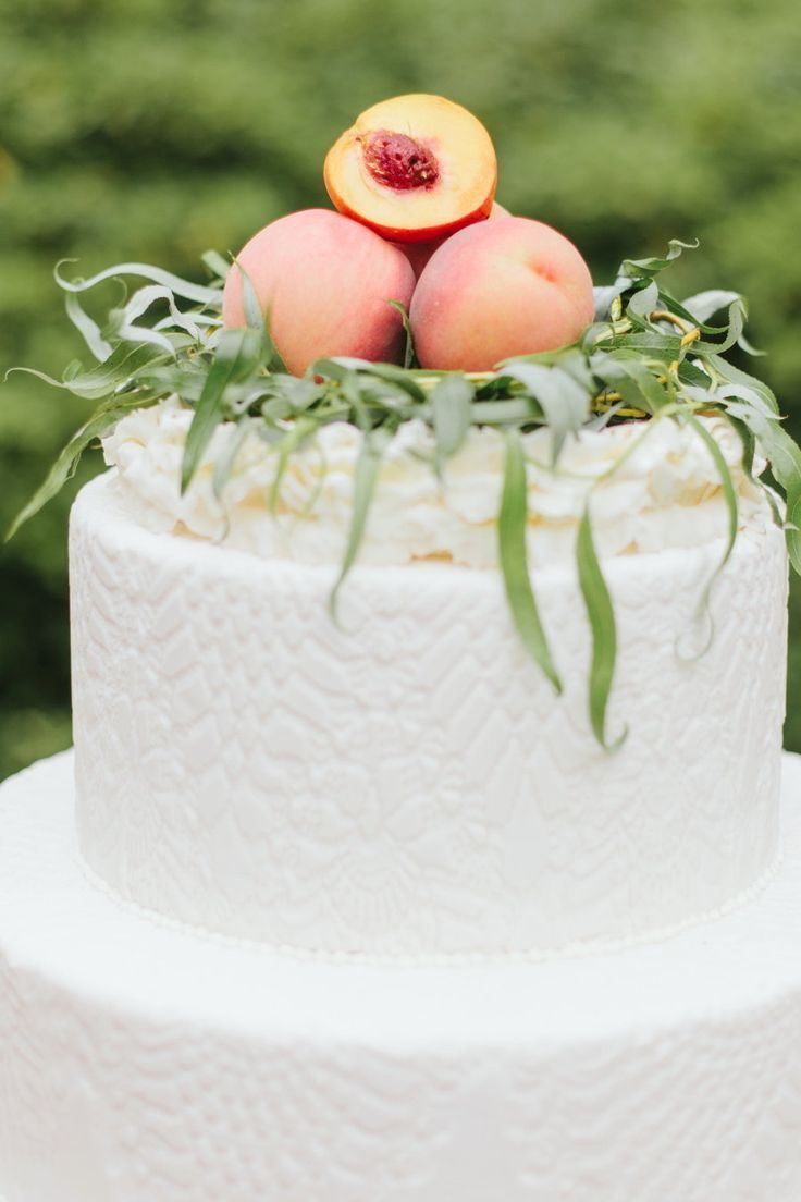 Wedding Cakes : Photography by Libelle Photography / libellephotograph..., Design   Planning by ...