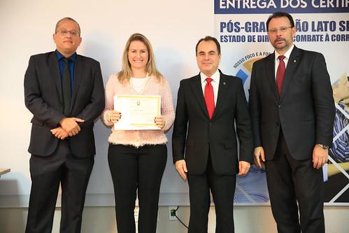 ENTREGA_CERTIFICADOS - PÓS COMBATA A CORRUPÇÃO (19)