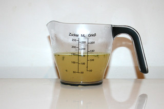 02 - Zutat Hühnerbrühe / Ingredient chicken broth